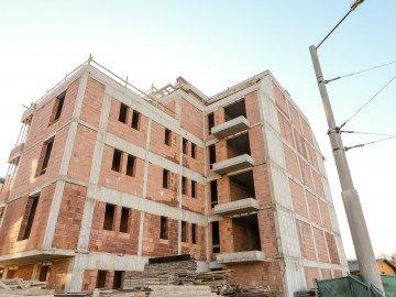 Груб строеж на сграда Варвара